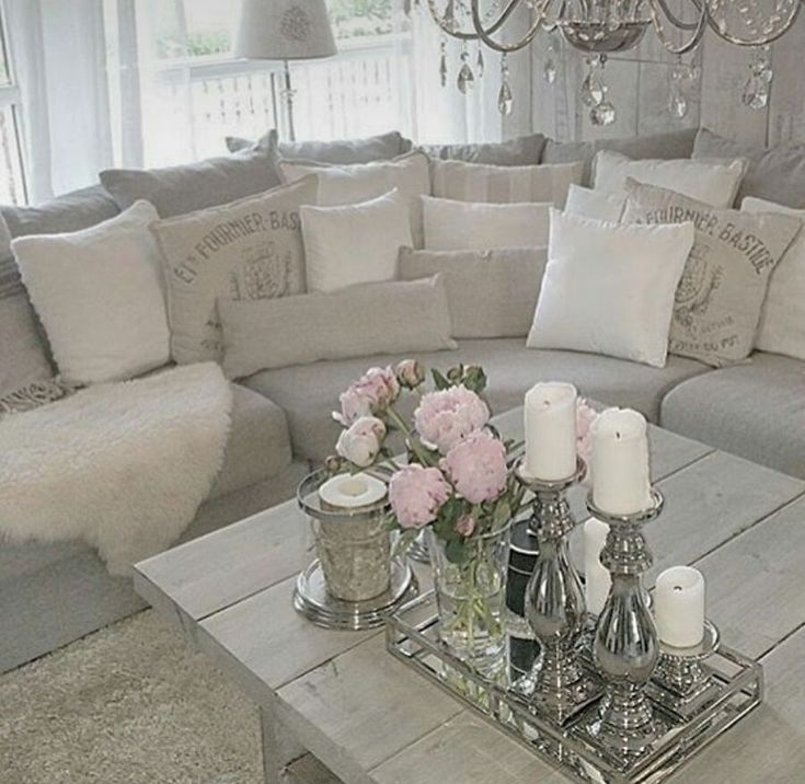 Cheap And Chic Living Room Decor Ideas: Best 25+ Shabby Chic Living Room Ideas On Pinterest