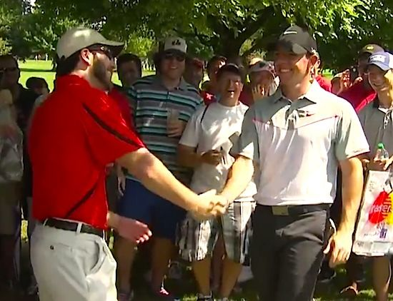 GOLFER RORY MCLLROY SHOWS OFF HIS ULTIMATE GOLF TRICK SHOT DURING PGA TOUR!