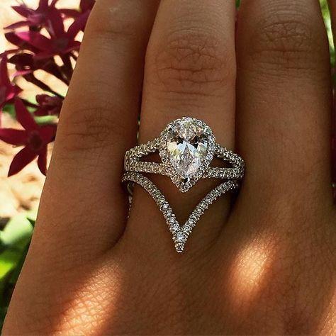 Diamonds by Raymond Lee Engagement Rings