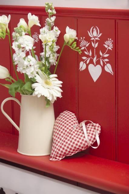 Stencil: idee per decorare fai da te la casa