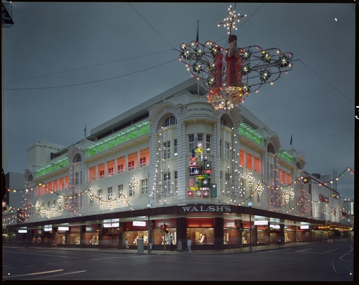 348171PD: Christmas decorations on Walsh's store, corner of Hay and William Streets, Perth, December 1971 https://encore.slwa.wa.gov.au/iii/encore/record/C__Rb3096367