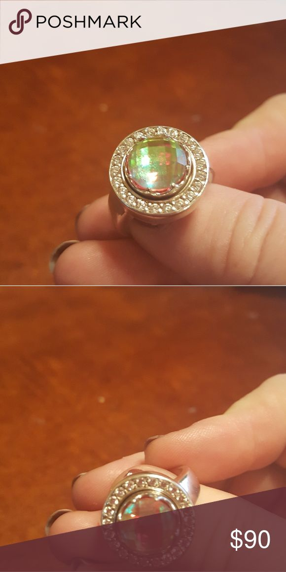 Kameleon KR12 CZ Sparkling Ring sz 8 Beautiful ring with pop included kameleon Jewelry Rings