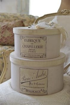 509 best hat boxes decorative boxes images on for Boite shabby chic