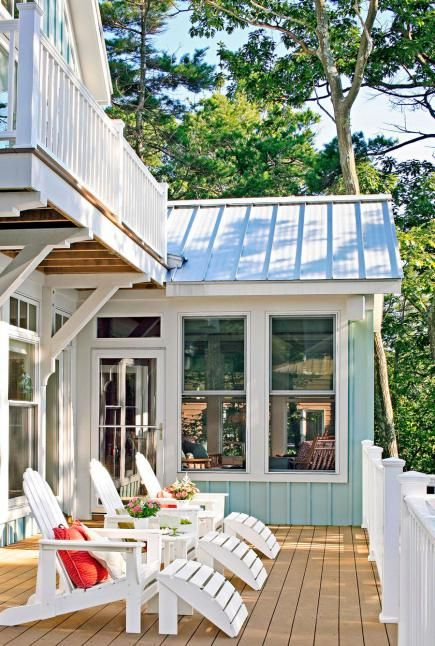 Water Colors: How to Get the Lake Look | Midwest Living