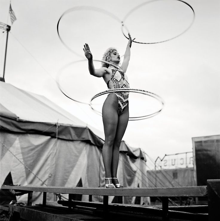 Slavi the Hoop Girl, Courtney Bros Circus, Wexford - Andrew Shaylor
