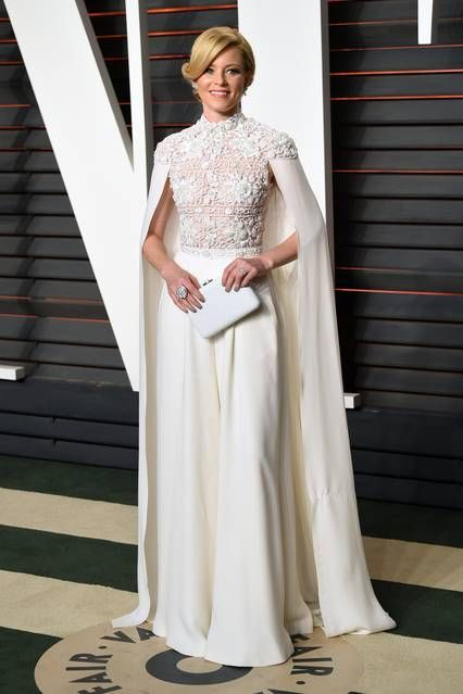 Oscars 2016: Red Carpet Fashion, Elizabeth Banks