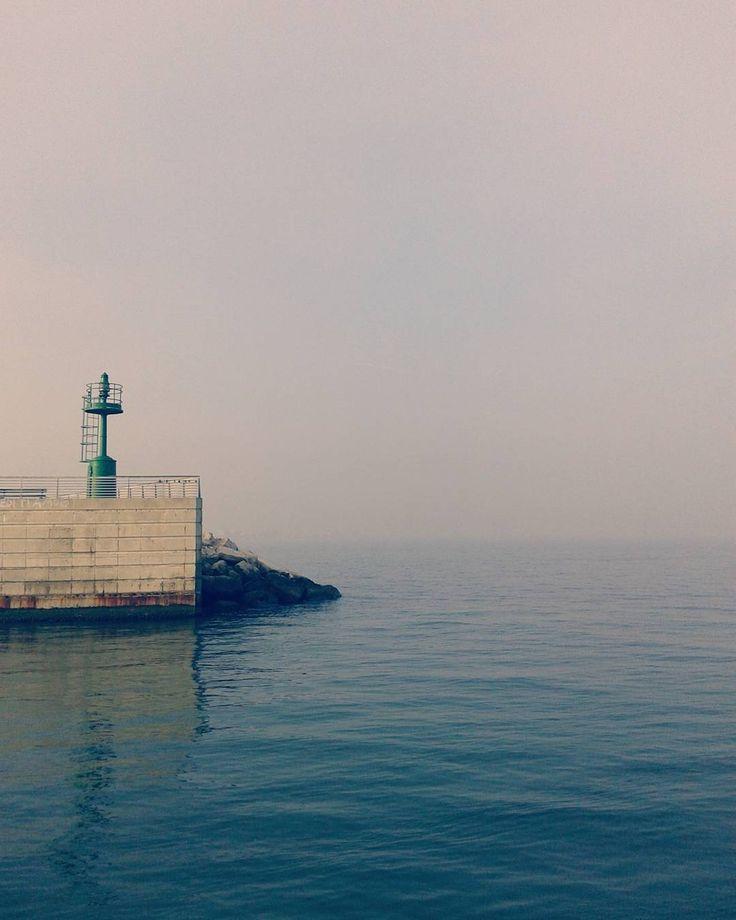 """""""Il porto di Rimini. Se vuoi trovare un momento tutto per te, quello è il posto giusto"""" - Instagram by matteo8219"""