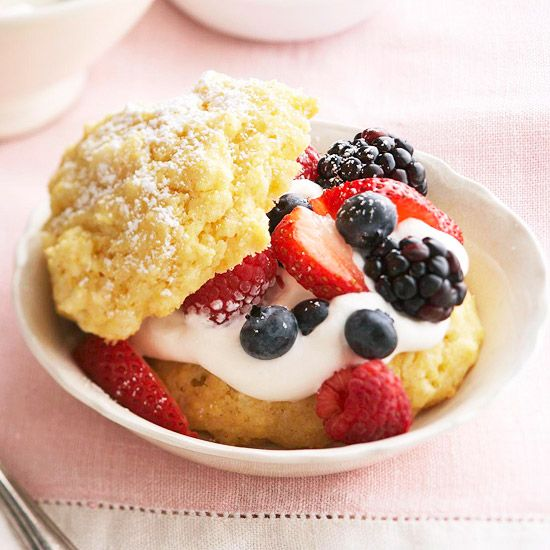 Crumbly cornmeal shortcakes with fresh berries are a great dessert for a 4th of July get-together. Recipe: http://www.bhg.com/recipe/layer-cakes/berry-cornmeal-shortcakes/?socsrc=bhgpin053012: Food Recipes, Sweet, Recipes Desserts, Shortcakes Recipe, July, Berry Cornmeal Shortcakes, Shortcake Recipes, Berries