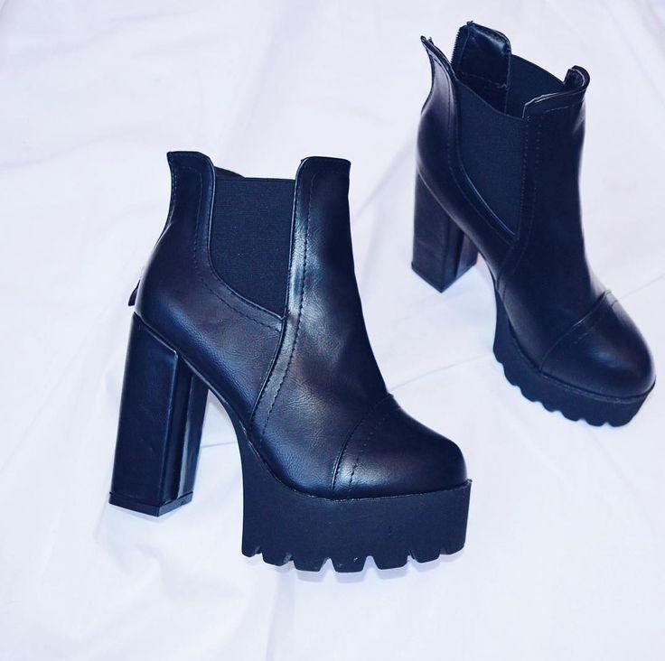По всем вопросам обращаться вк http://ift.tt/1DokiI4 или в Директ  #подзаказ #заказ #мода #фото #фотовживую #фотовреале #дом2 #vsco #vscocam #vscorussia #follow #followme #fashion #style #нефтекамск #иваново #ботильоны #обувь