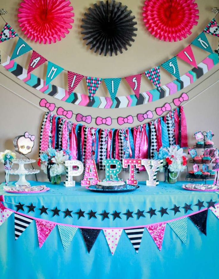 Gorgeous Monster High birthday party! See more party ideas at CatchMyParty.com!