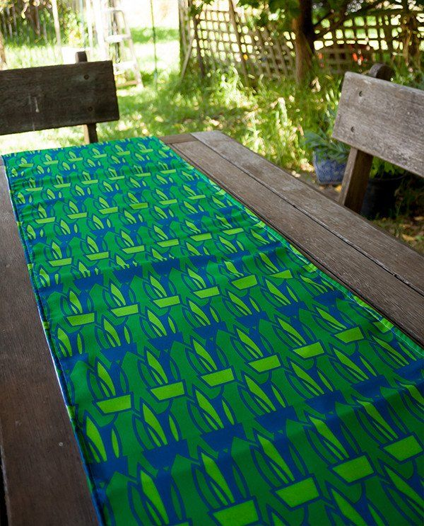 Table Runner: Mother-in-law's Tongue design by olioko