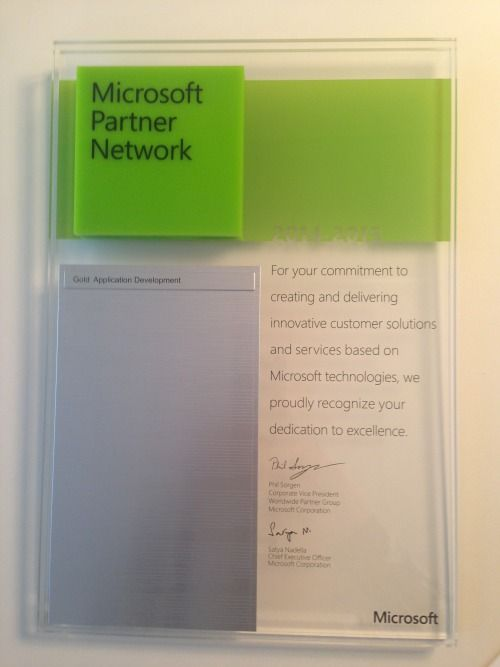 """Vetrya Microsoft Partner Network: Gold Application Development 2014-2015""""For your commitment to creating and delivering innovative customer solutions and services based on Microsoft technologies, we proudly recognize your dedication to excellence""""(Phil Sorgen, Corporate Vice President e Satya Nadella, Chief Executive Officer)"""