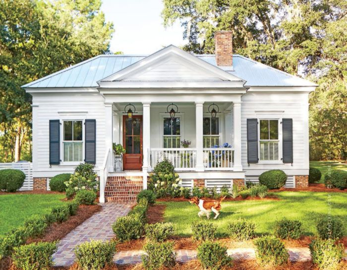 A Tiny But Mighty Cottage. | elements of style | Bloglovin'