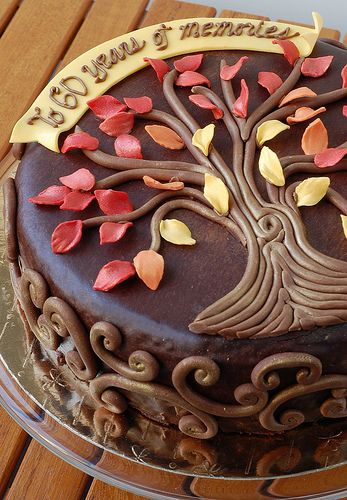 autumn cake -- maybe an anniversary cake?