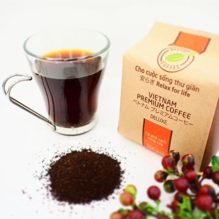 ベトナムプレミアムコーヒー ベトナム中部ダクラク省バンメトートにて 海抜1,500m以上の高原地帯にて育てられた高級アラビカ種とロブスタ種と厳選してブレンドしました。 舟精込めて作られたコーヒーは自然の香りと軽い酸味が特徴となっております。 HELLO 5 DELUXE(デラックス)はダイナミックで 強い情熱と自信を持った風水五行「火」の方にぴったりです。 * 50%アラビカ、50%ロブスタ enthanks.com