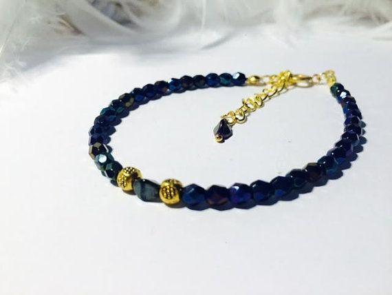 bracelet minimaliste femme  par verycharm sur Etsy