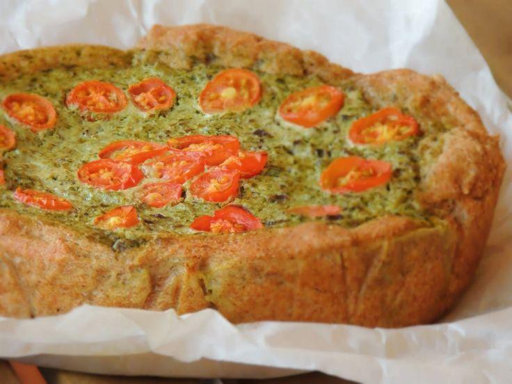 Torta rustica vegetariana di bietole, cicoria catalogna, olive e caprino: ricetta con lievito naturale, vegetariana, biologica & naturale.
