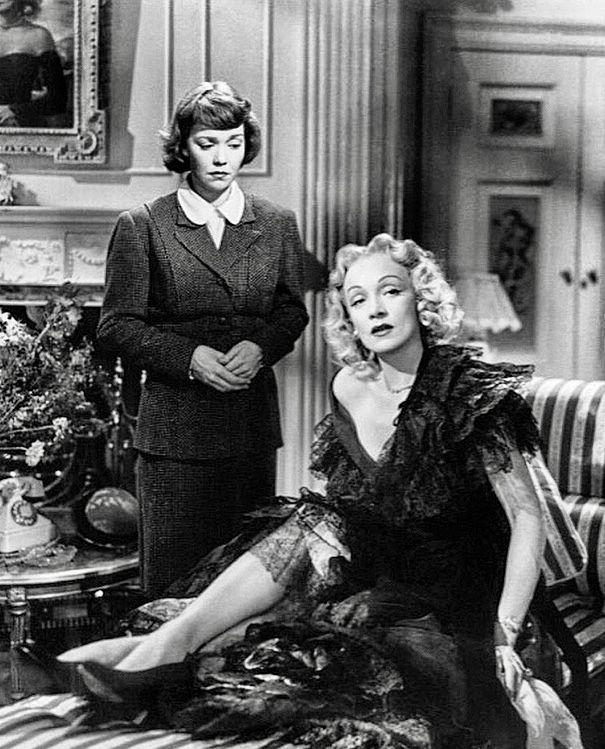 Jane Wyman   Marlene Dietrich - Stage Fright (1950)  a8a04db9334