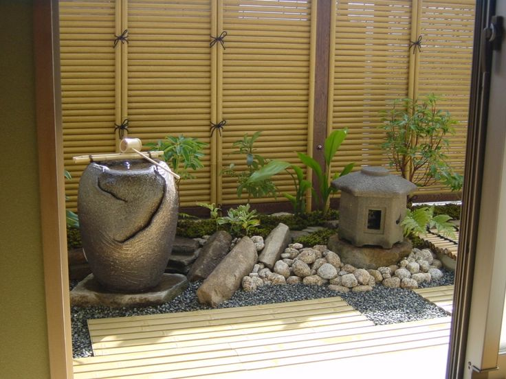 25 best ideas about small japanese garden on pinterest for Balcony zen garden ideas