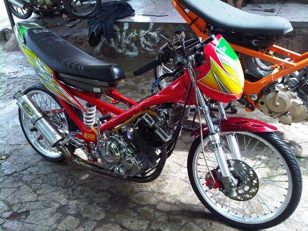 Modifikasi Satria Fu 150 Bergaya Motor Drag
