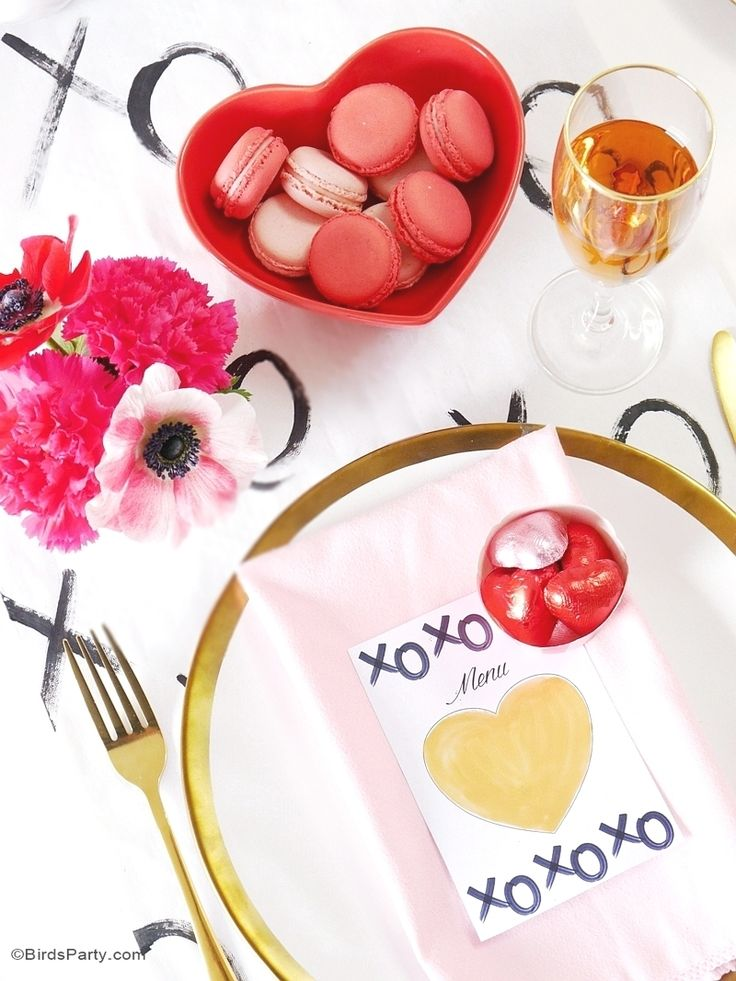 a modern valentines day dinner party - Valentine Dinner Party Ideas