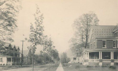 Turn of the Century look at Grove Avenue in Moxham.