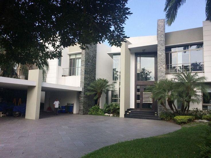 Resultado de imagen para fachadas de mansiones