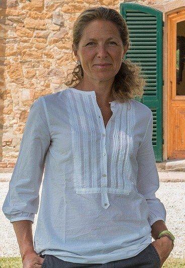 "Donna del mese: intervista a Veronica Passerin d'Entrèves | L'imprenditrice Veronica Passerin d'Entrèves, ci racconta ""Come avere tutto? Tanto entusiasmo e.. "" http://ow.ly/DQoG0  #DonneDiOggi #DonnaDelMese"