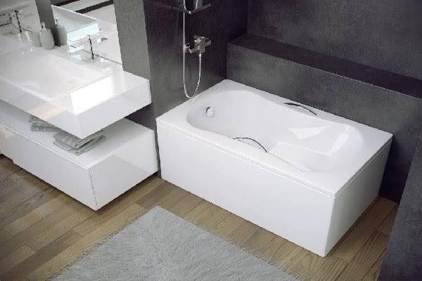 les 25 meilleures id es de la cat gorie baignoire sabot sur pinterest sabot peinture de. Black Bedroom Furniture Sets. Home Design Ideas