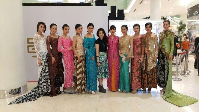 "Fashion batik kebaya.. ""back to basic"" by georgea radji #fashion #kebaya #georgearadji #fashiondesigner #designer #batik #collection"