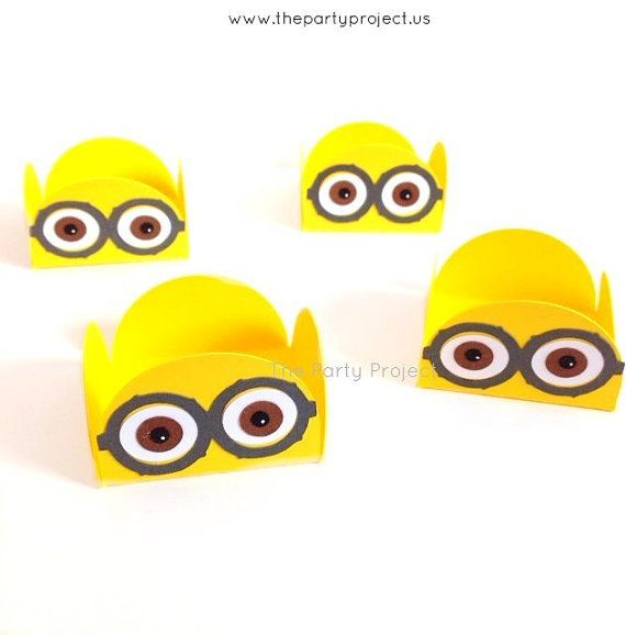 Minions treat holders / candy cups will be an adorable addition to your Despicable me theme dessert table decoration!  They will make a great embellishment for those pretty cake pops, cake balls, marshmallows, strawberries, truffles, chocolates or other small treats! Minions birthday party - Minions baby shower decorations by thepartyproject