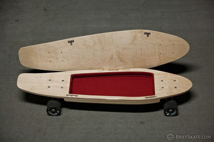 #Skateboard with storage… you can put your iPad mini and a bow tie in there ^__^