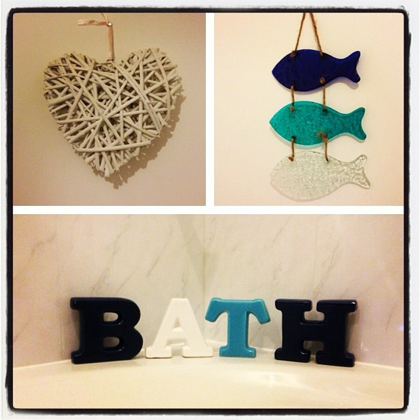 Bathroom Decorations White Wicker Twig Heart