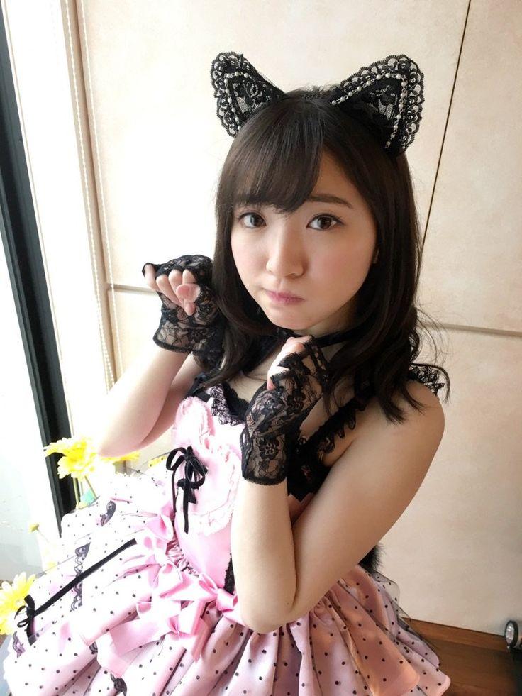 """豊田萌絵さんのツイート: """"22歳。にゃんにゃんという事で年甲斐もなくネコの衣装着ました。22歳万歳! https://t.co/r29CwNukDP"""""""