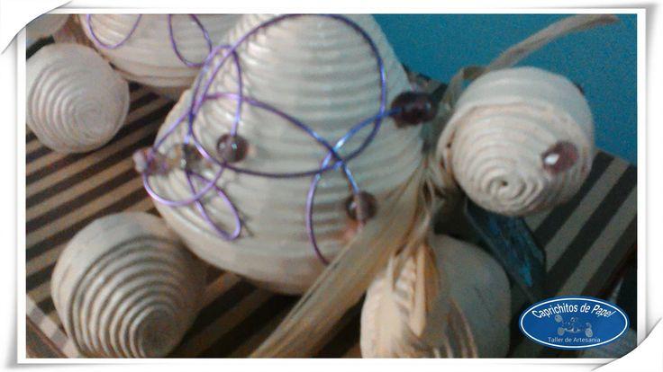 https://flic.kr/p/vcmQmR | Tortugas joyero con decoración de alambre | ENCARGO. Tortugas joyero con decoración de alambre. Han sido las elegidas como regalo por una alumna para sus profesoras.  Con ellas os dejo hasta la semana que viene.  Desearos un buen fin de semana.
