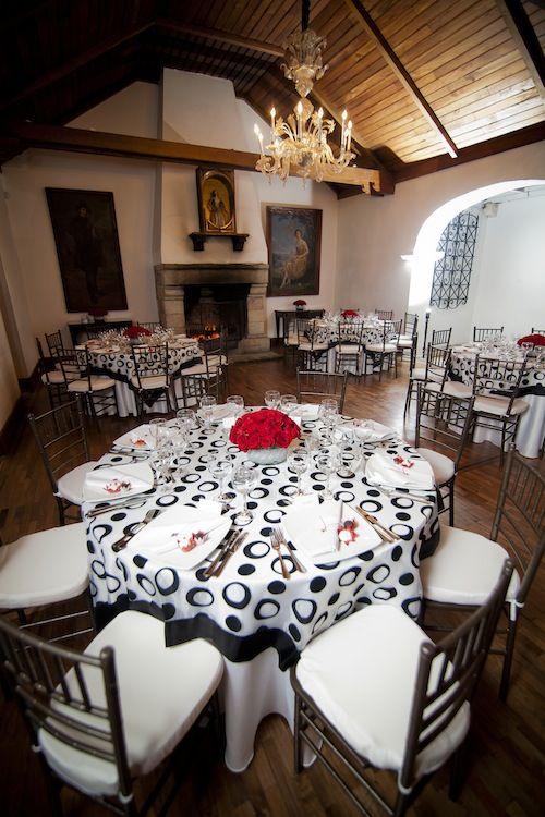 Black n white table