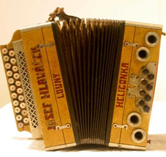 vintage accordion ♥
