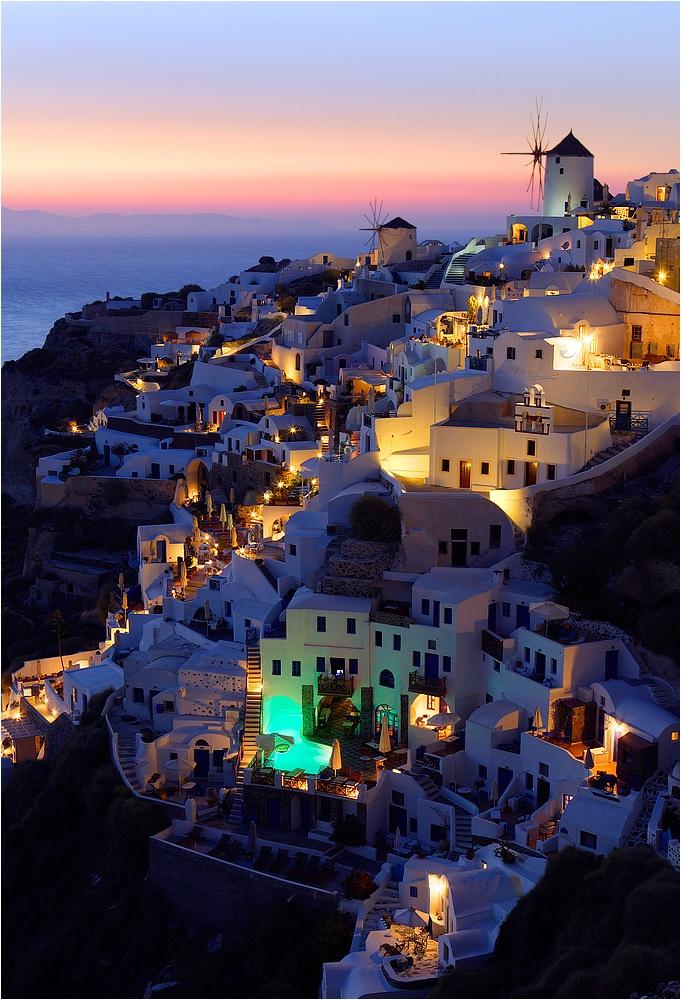 La mystérieuse Santorin, les Cyclades, Grèce (Santorini, the Cyclades, Greece)