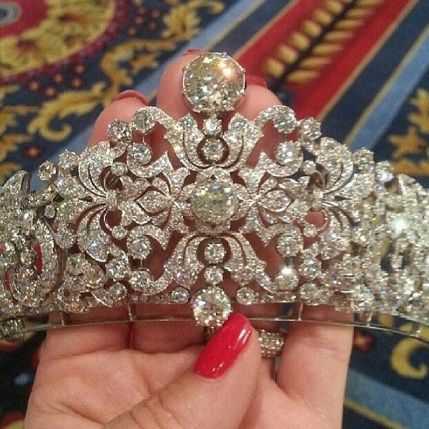 A gorgeous close up of a diamond belle epoque tiara, circa 1890. With many foliate scrolls, fronds and diamond clusters, all raised on a band of platinum.