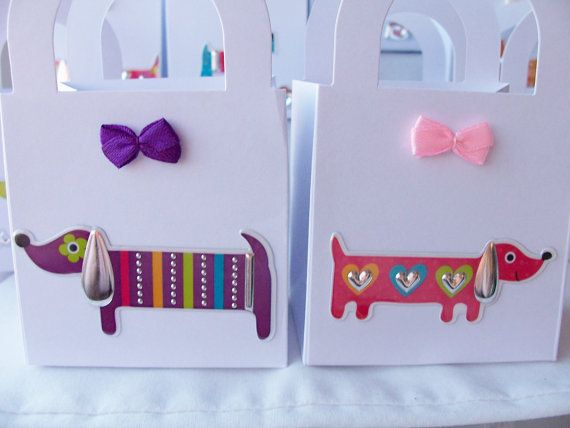 Mixed dog boxes...lots of cute breeds on little party favour boxes!