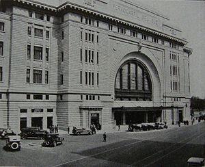 La vieja Estación Constitución, Buenos Aires, Argentina (1925)