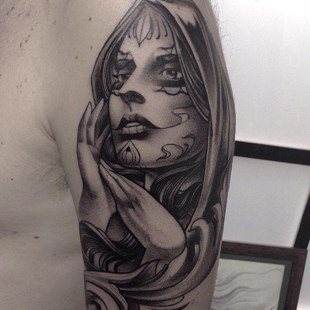 #mulpix Detalhe da catrina do Eduardo! Valeu mais uma vez mano! Feita no @hideout.tattoo ! WhatsApp: 11 98107.3311  #artnouveau  #womantattoo  #tattoo  #tatuagem  #saopaulo  #catrina  #tattoocatrina  #thebesttattooartists  #tattoistartmag  #tattooistartmagazine  #hideouttattoo