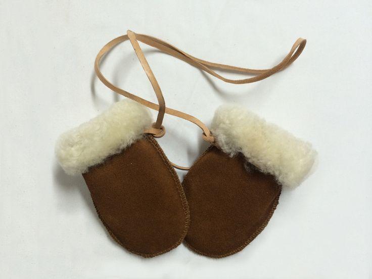 Mitones de cuero de reno, perfectos cuidar del frío a tu bebé