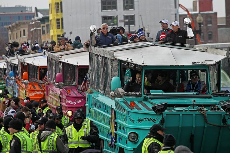 Super Bowl victory parade for the New England Patriots - The Big Picture - The Boston Globe