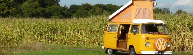 Verwenweekend in een Retro Volkswagenbusje uit 1976.Het volkswagenbusje ziet er super uit en is helemaal origineel gerestaureerd in Retro-stijl. Gelijktijdig is deze Volkswagencamper uitgerust met alle de comfort van nu.#origineelovernachten #officieelorigineel #reizen #origineel #overnachten #slapen #vakantie #opreis #travel #uniek #bijzonder #slapen #hotel #bedandbreakfast #hostel #camping #romantisch #reizen