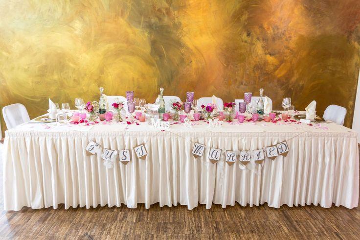 Yust Married....Der Brauttisch mit Vintage Dekoration in Pink