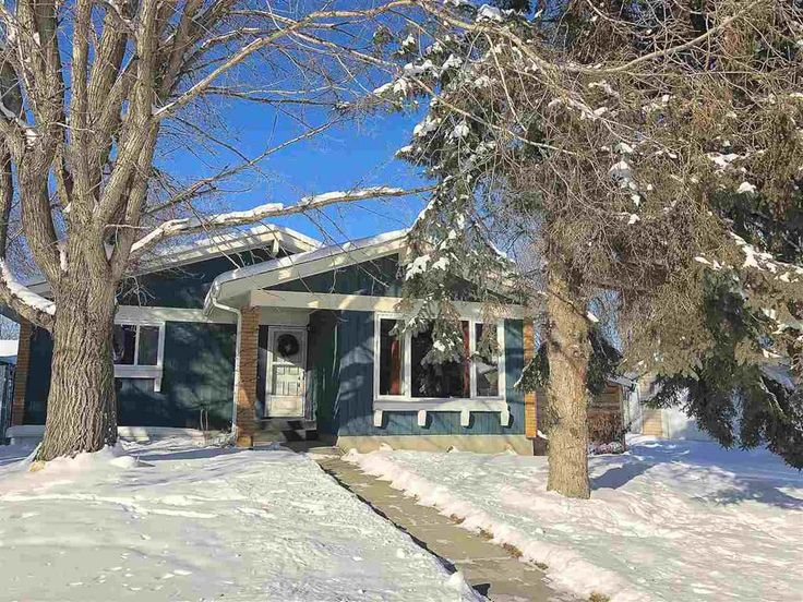 Renovated 3 bed, 3 bath bungalow with double garage for sale in Spruce Grove!