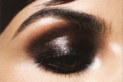 Loving this metallic peepers? More eye-mazing looks here - http://dropdeadgorgeousdaily.com/2013/12/metallic-peepers-ddg-moodboard-full-glimmering-eye-looks/
