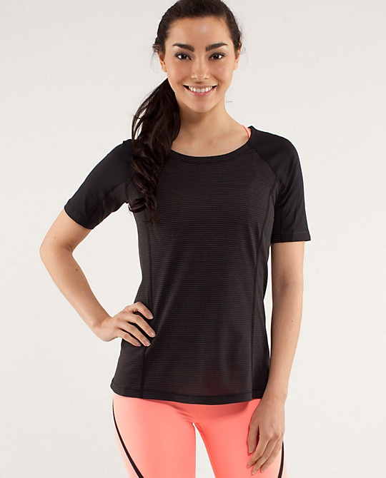 run: turn it up tee | women's tops | lululemon athletica ...