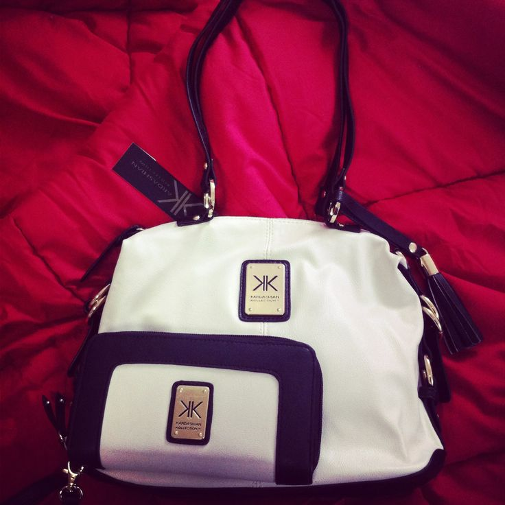 Im loving the Kardashian Kollection bags over here in Sydney! Got these two matching some time ago